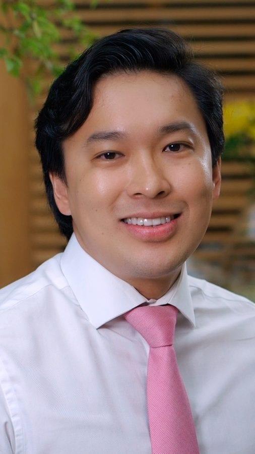 Dr. Bruno Takatsu